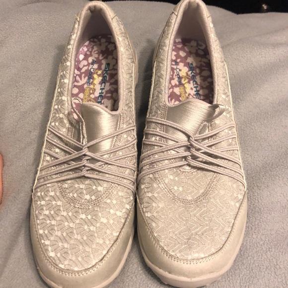 Skechers Shoes | Empress Wide Awake
